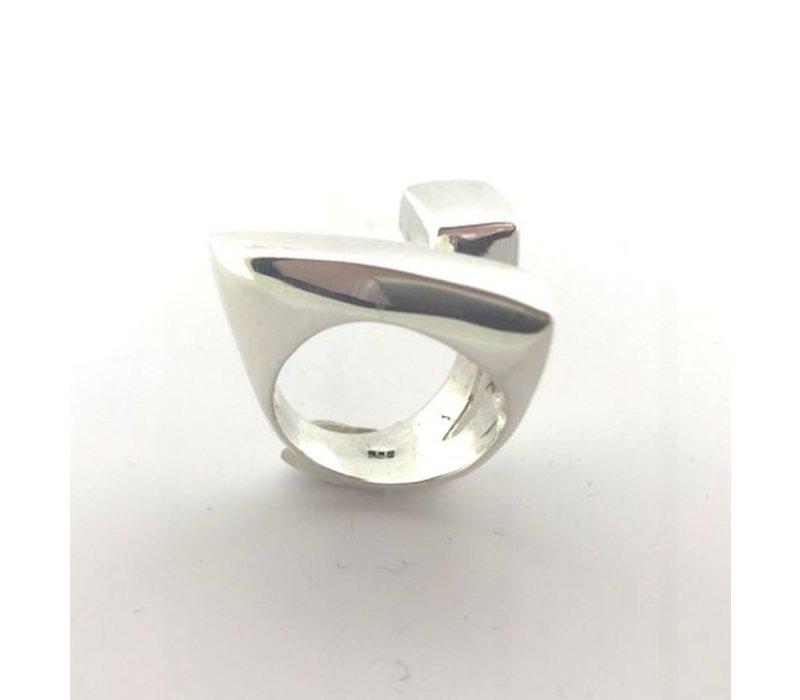 Ring, model DRIEHOEK, zilver, Saraswati