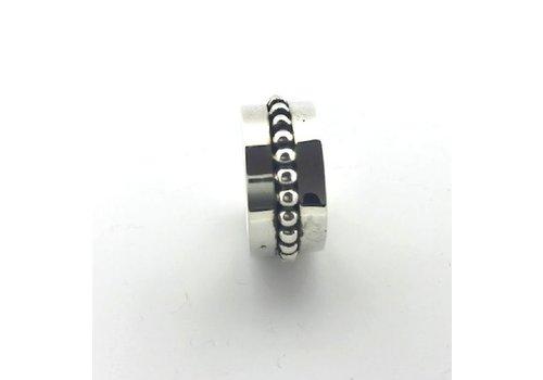 Saraswati Silver Ring, model GLAD MET BOLLETJES, zilver, Saraswati