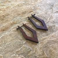 Oorbellen, model PUNT BRUIN, hout, Eigen Collectie