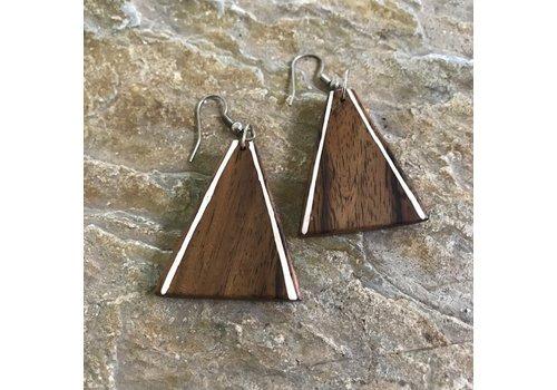 Eigen Collectie Oorbellen, model DRIEHOEK LIJNTJE, hout, Eigen Collectie