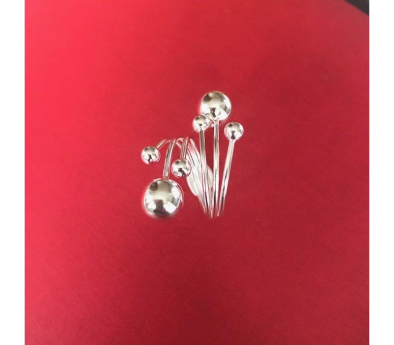 Ring, model 6 BOLLEN, zilver, Eigen Collectie