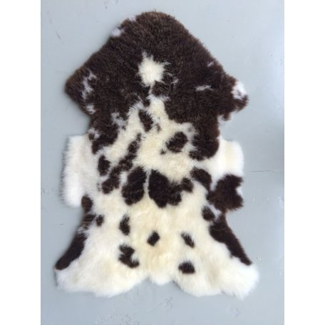 Spotted sheepskins 1