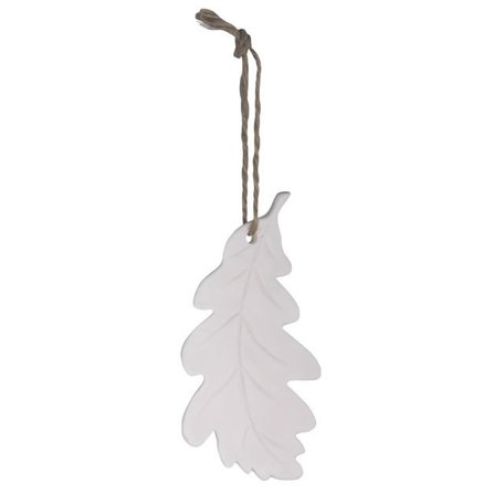 White oak leaf pendant