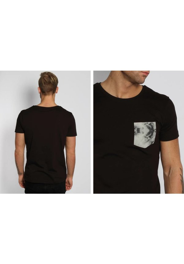 MARBLE POCKET TEE BLACK