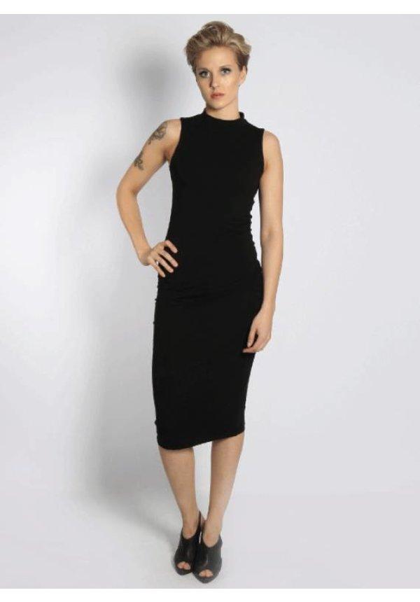 TURTLENECK DRESS BLACK