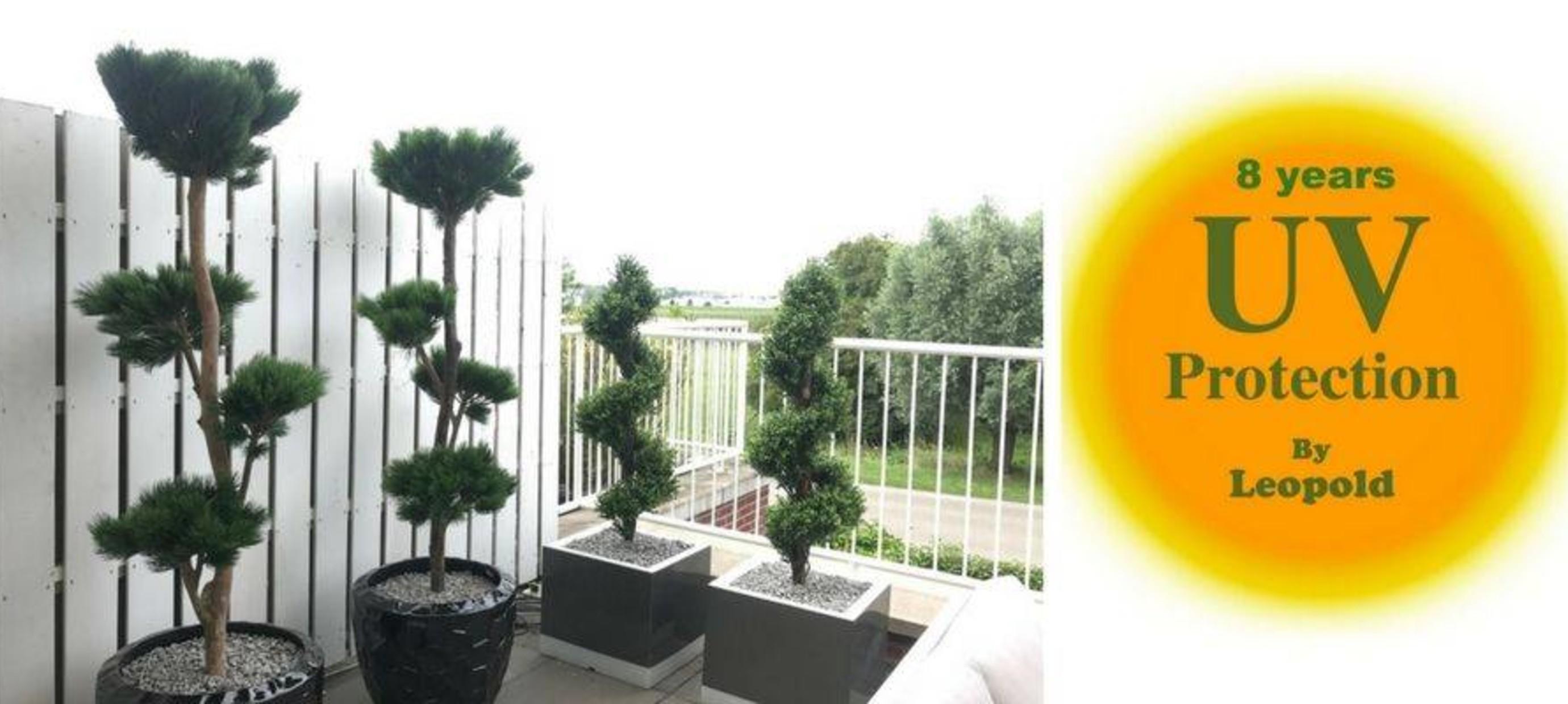 Kunstbomen buiten gebruiken