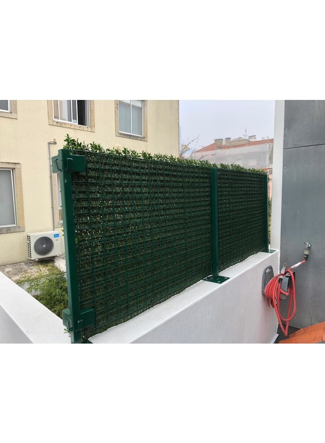 Outdoor Artificial Boxwood mat with 140 tips for wall covering  UV protected