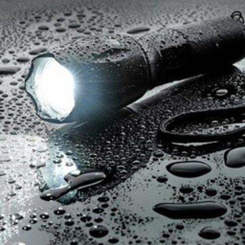 Military flashlight