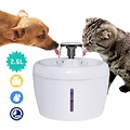 Drinking Fountain for Cats  2.5 Liter - Whisper quiet - Including Filter