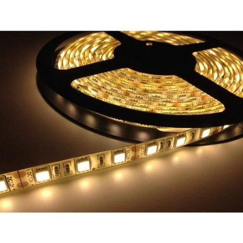 Led strip - RGB - Multicolor - With 44 button remote control - 5 meters