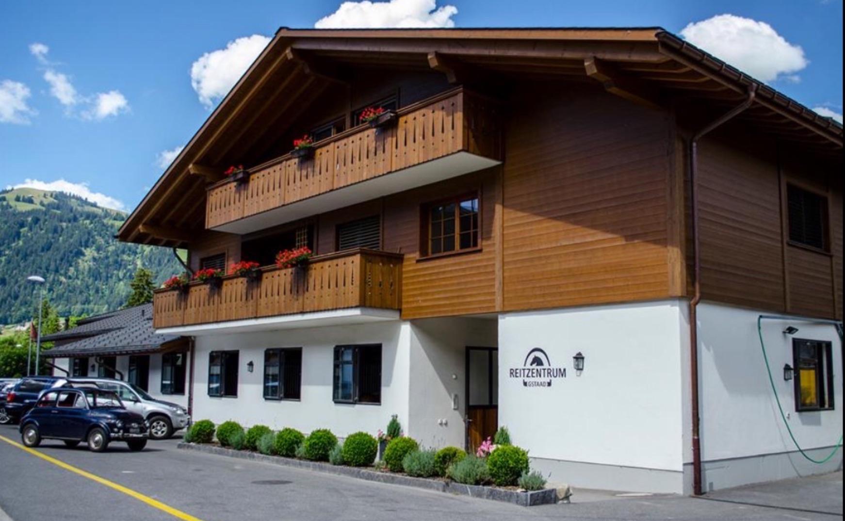 Willkommen in Reitzentrum Gstaad