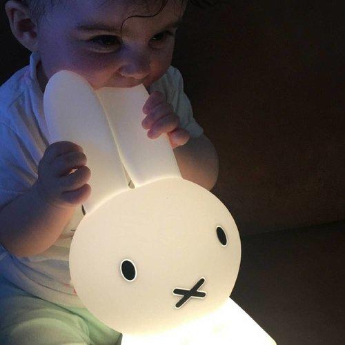 """MR MARIA """"Eerste Licht"""" Nijntje Lamp met Gratis Set Nijntje Magneten"""