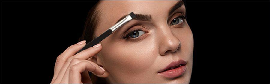 Augenbrauenpuder auftragen – Technik & Anwendung | Wasserfest