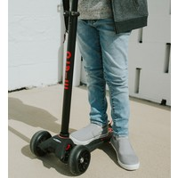 Maxi Micro scooter Deluxe Pro Black/red