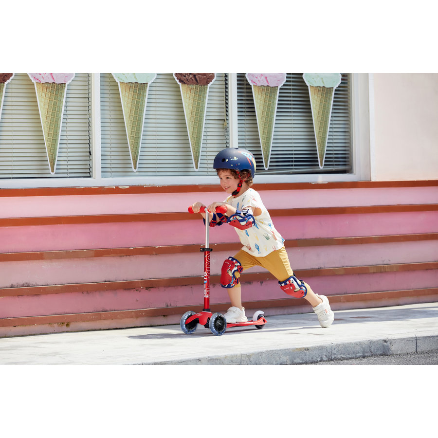 Mini Micro scooter Deluxe Red LED