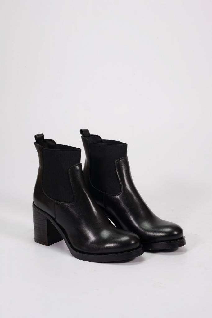 Factory Store Cleia black