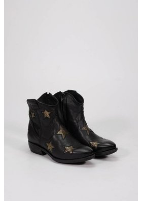 Factory Store Texan stars