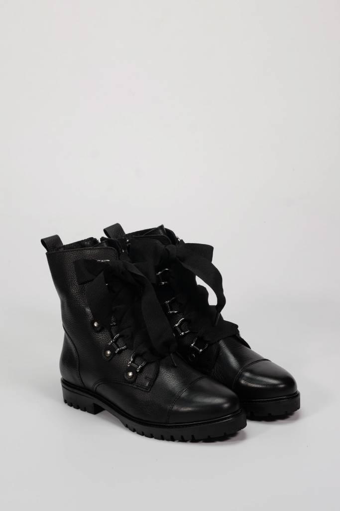 Tinga black
