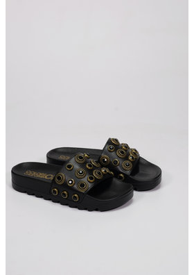 Factory Store Isis Black