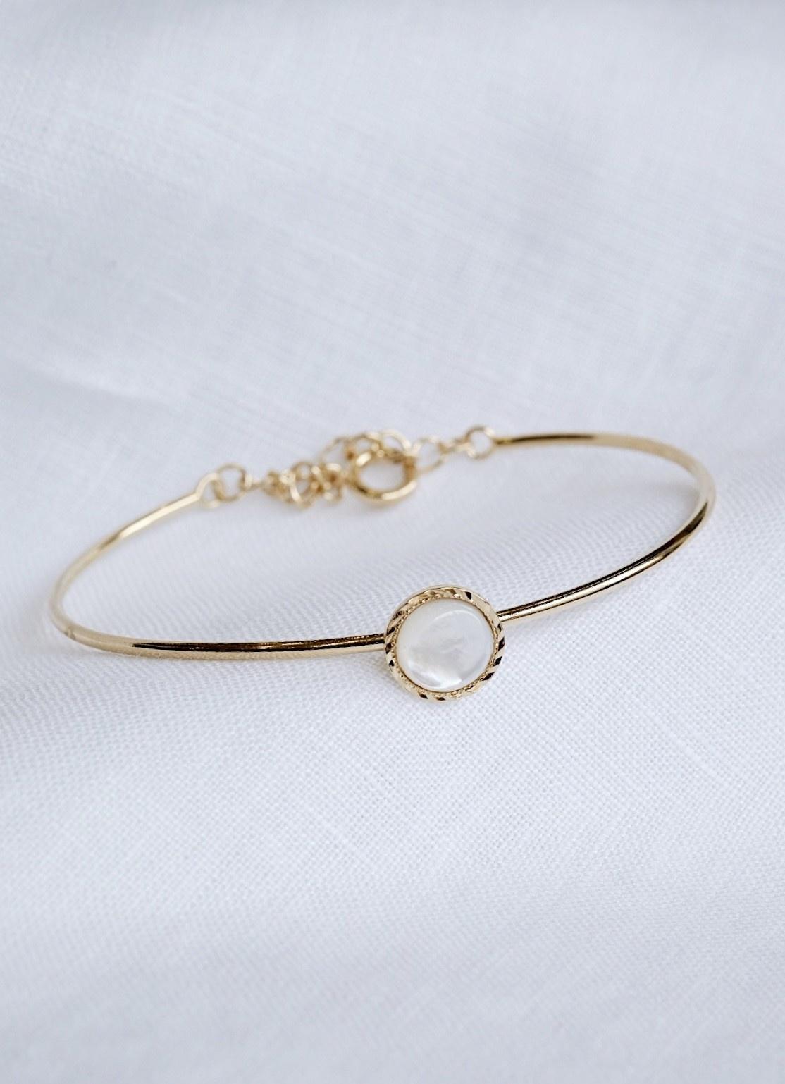 Factory Store Canva bracelet