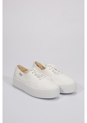Factory Store Victoria Tennis White