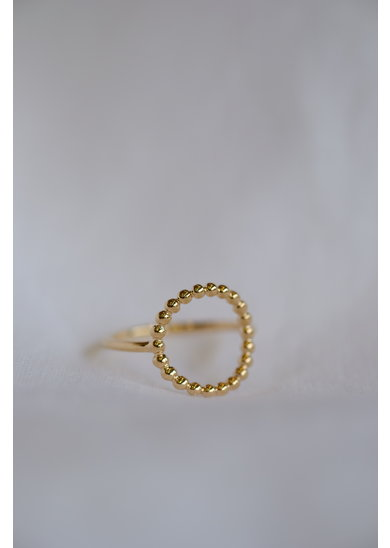 Factory Store April ring