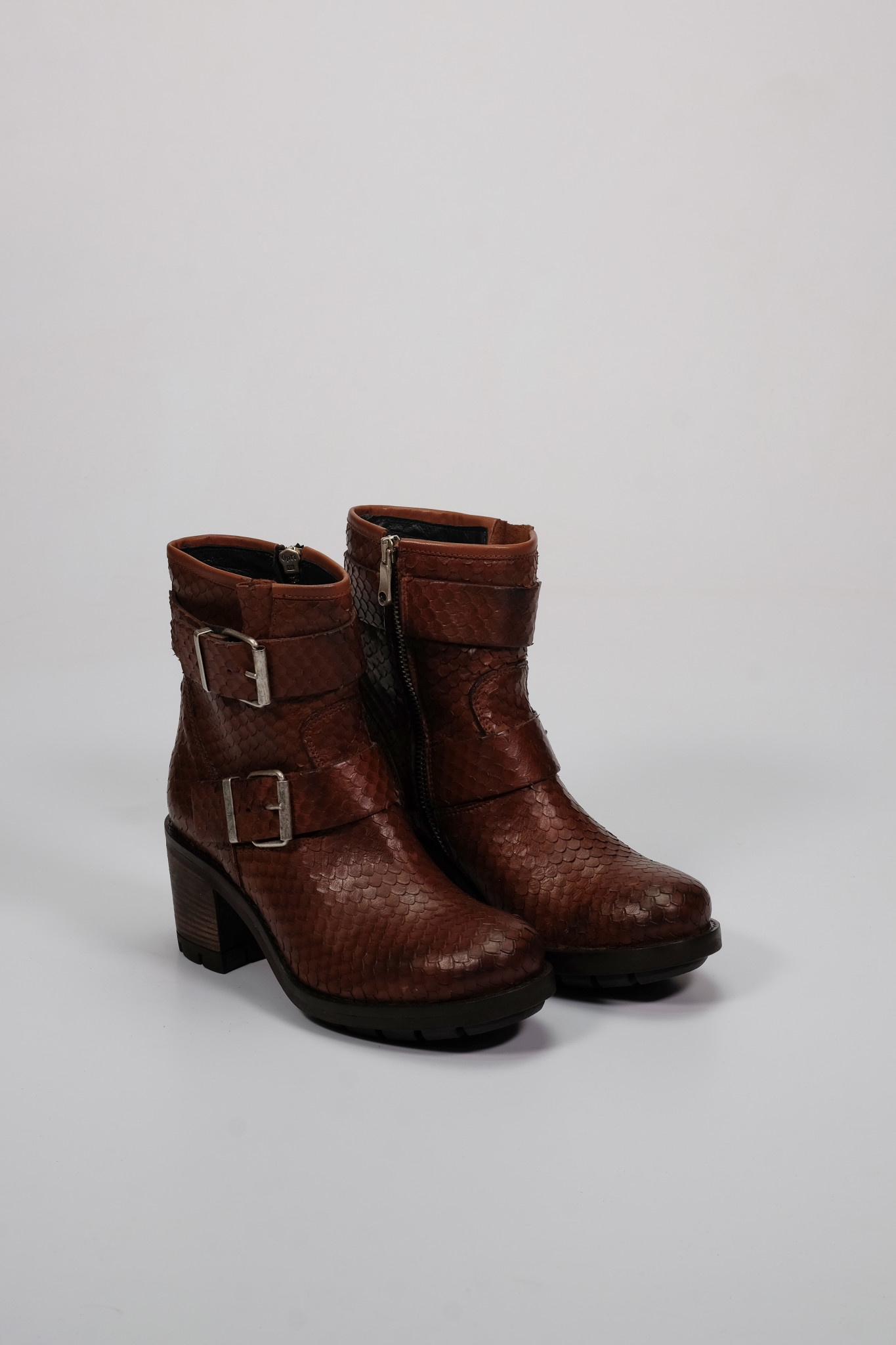 Factory Store Marcellin Brown Python