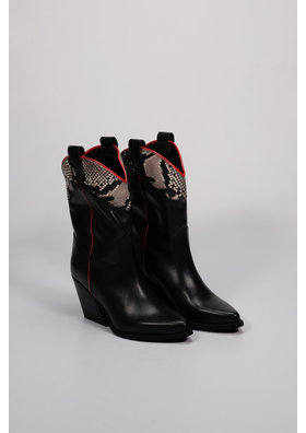 Factory Store Frida Black & Red