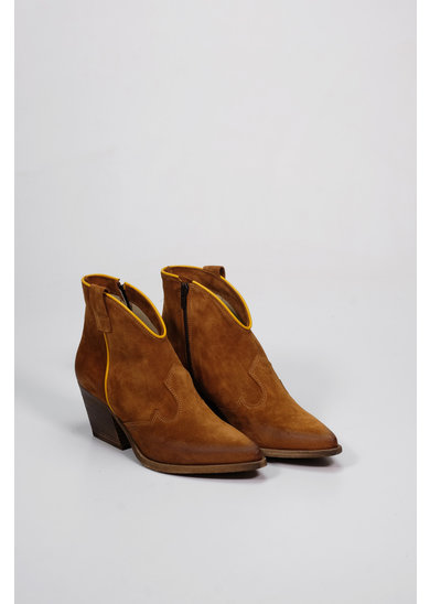 Factory Store Camel rubies