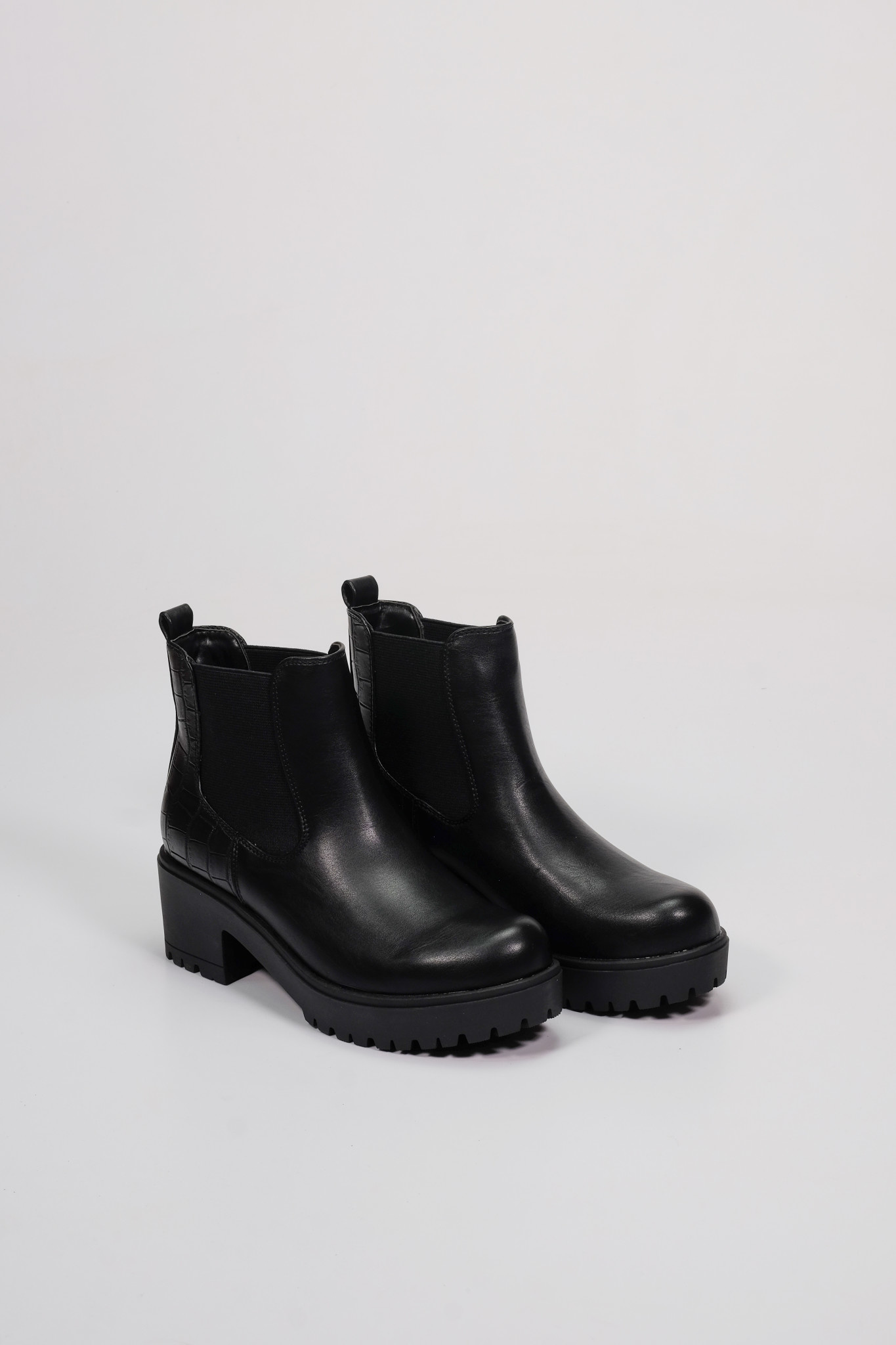 Factory Store Kalice Black Soft