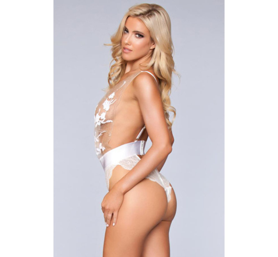 Hannah Body - Wit