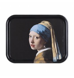 Tray Girl with a Pearl Earring