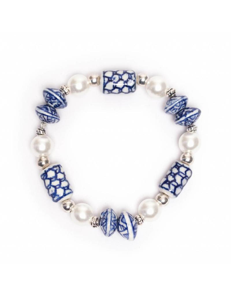 Delft Blue Pearl Bracelet