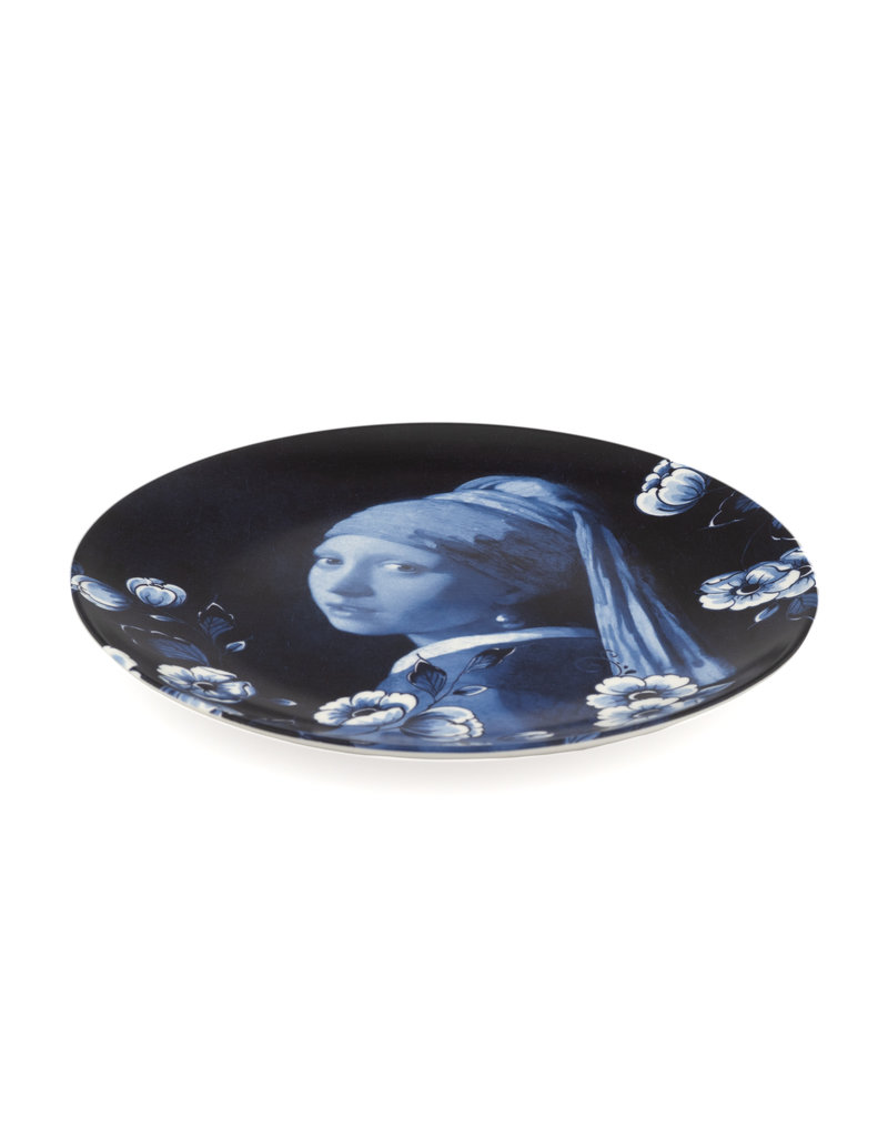 Plate Girl with a Pearl Earring
