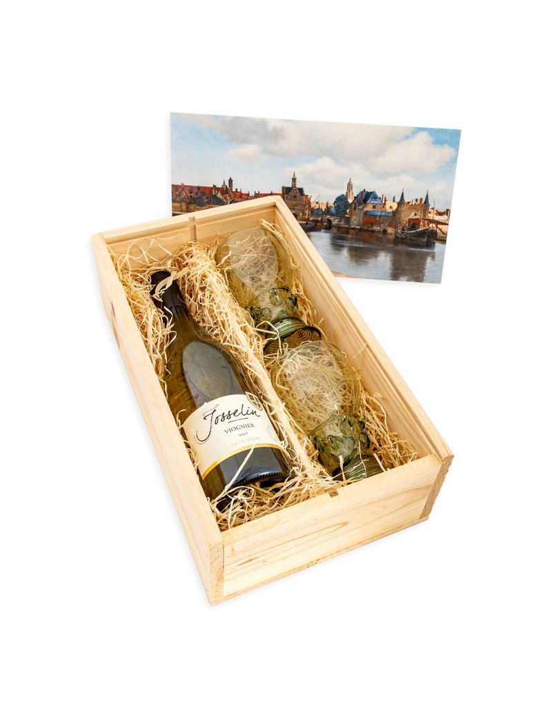 Wine box with Roemers Delft