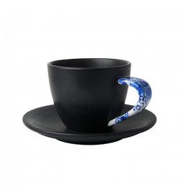 Cup and saucer mat black Delft blue
