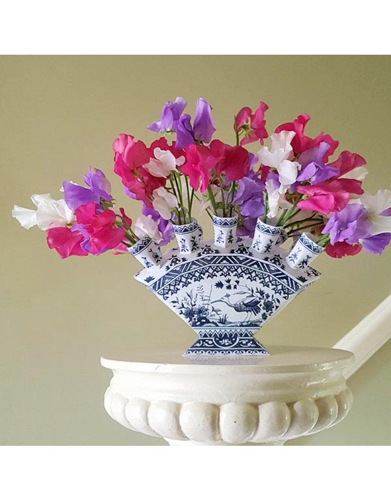 Foldable Delft blue paper vase