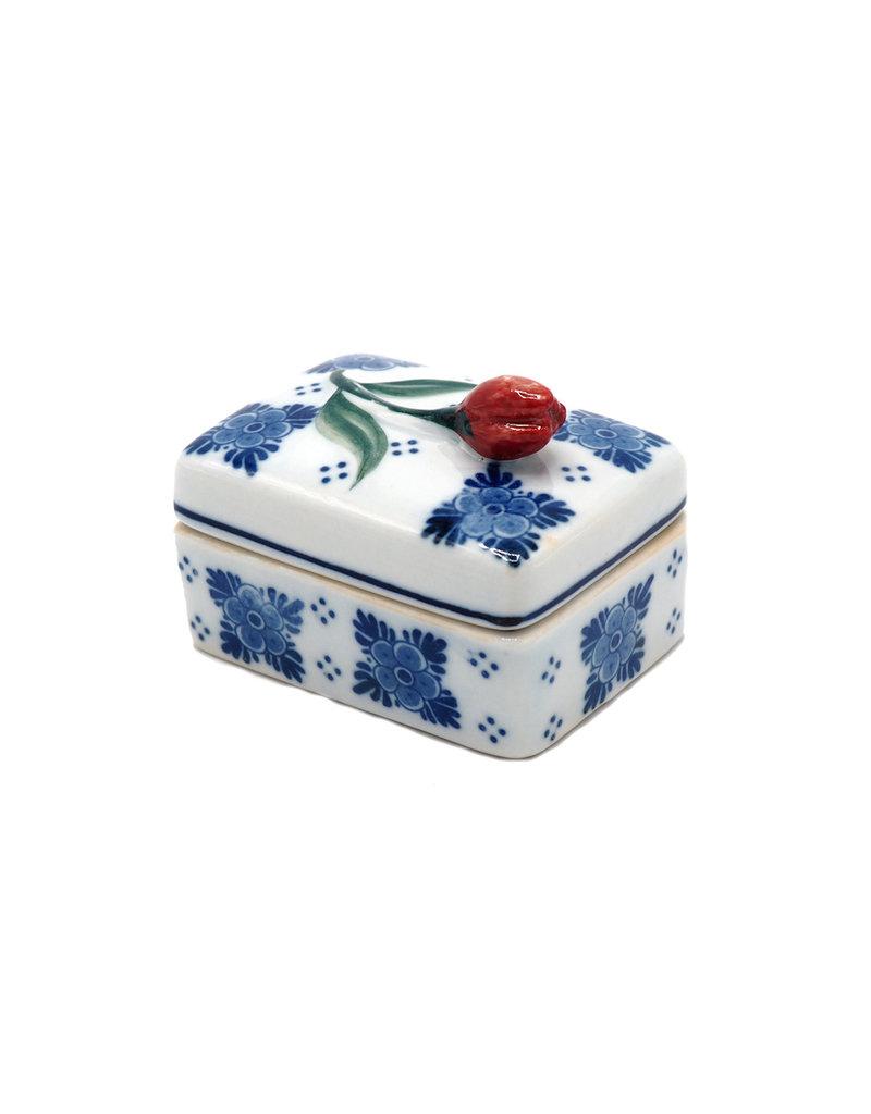Box rectangular with tulip