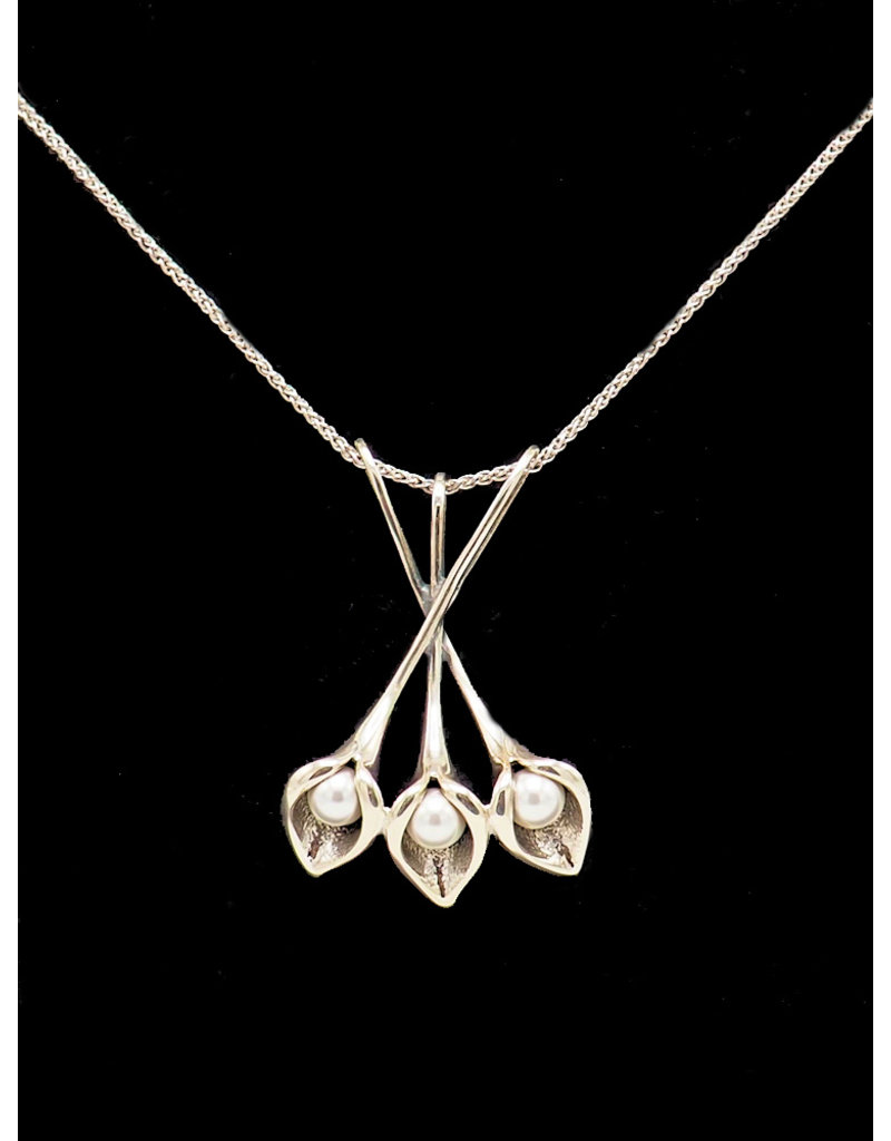 Necklace Callas flowers