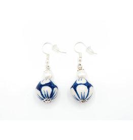 Delftsblauwe oorbellen met Parel