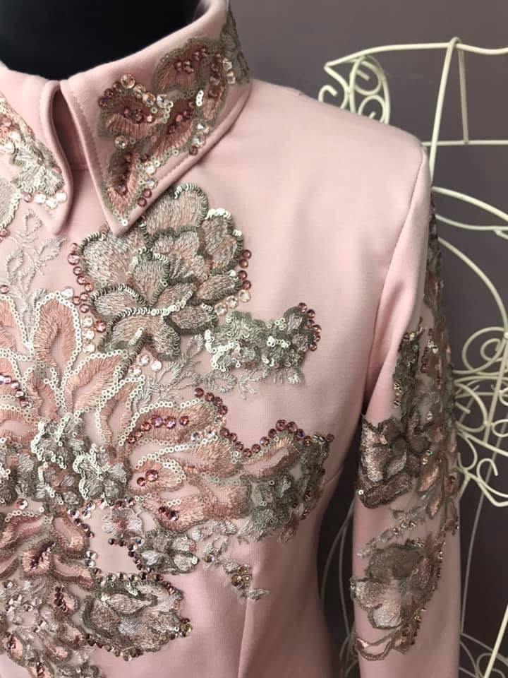 DE-Showoutfits DE Showjacket Vintage Pink Flower size M