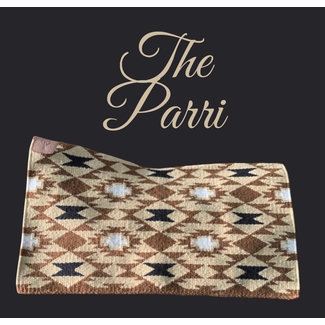 Cuttinup Show Blankets THE TWIGGY Contoured Show Blanket Parri