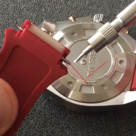 horlogeband losmaken WatchXL 3