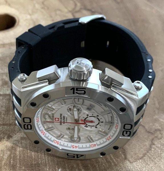Swiss Alpine Military Swiss Alpine Military 7032.9832 heren horloge 50 mm