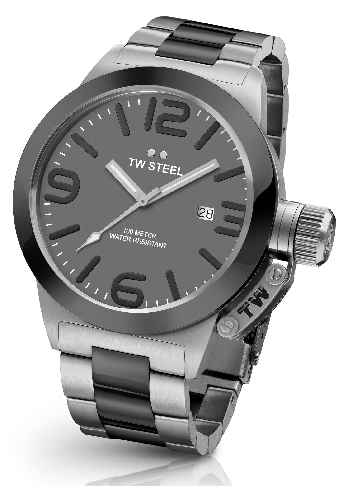 Dit zijn echt grote TW Steel horloges cb202
