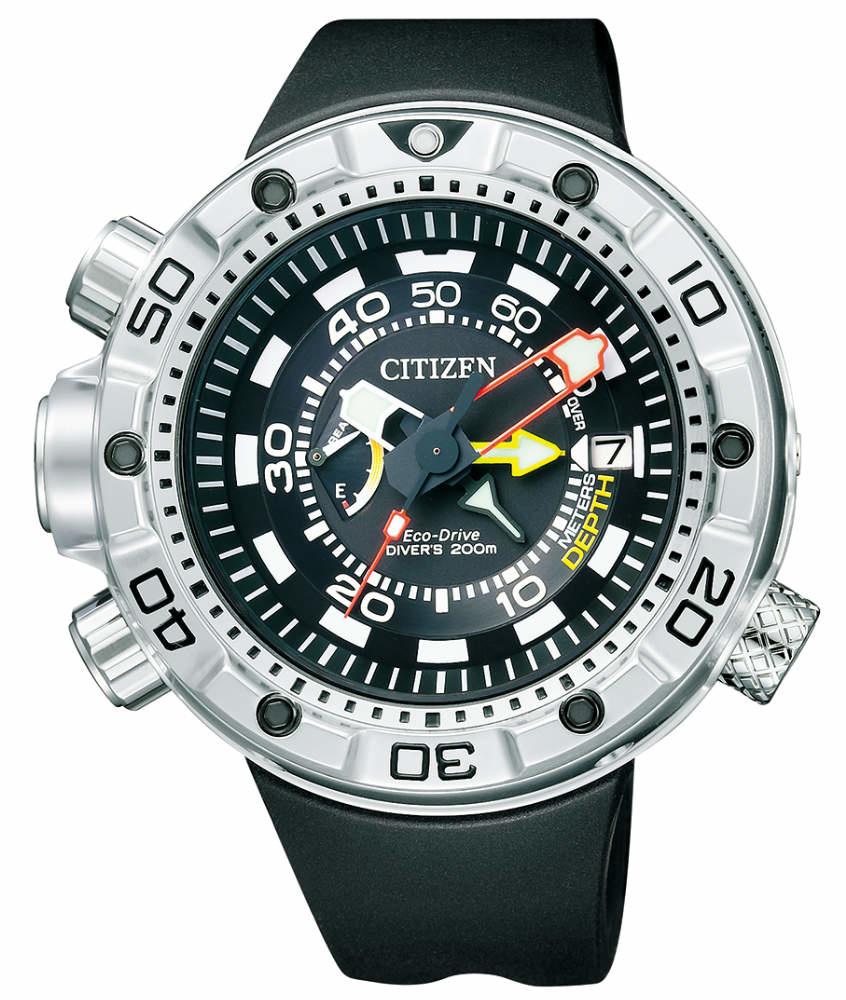 Dit zijn echt grote TW Steel horloges Citizen BN2021-03E