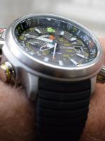 Horloge kopen Dit is wat die horloge specificaties betekenen titanium horloge WatchXL horloges