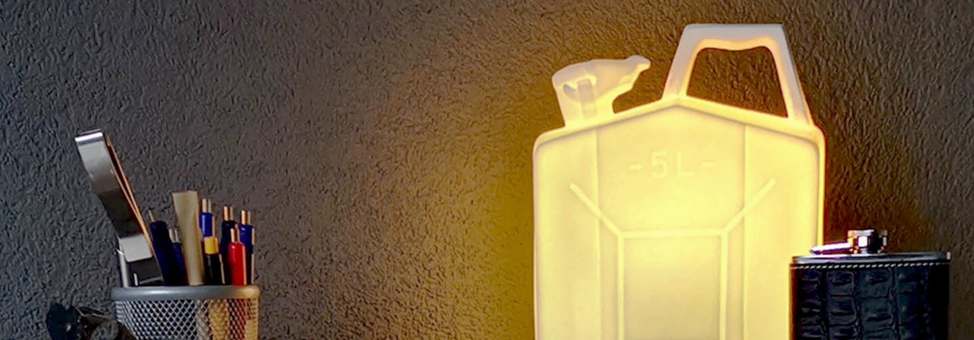 Porcelain jerrycan lamp