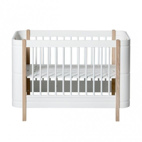 Oliver Furniture Wood mini cot bed (0-9 jaar)