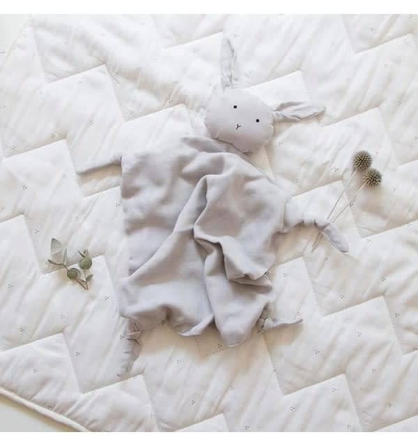 Agnete knuffeldoekje Rabbit dumbo grey